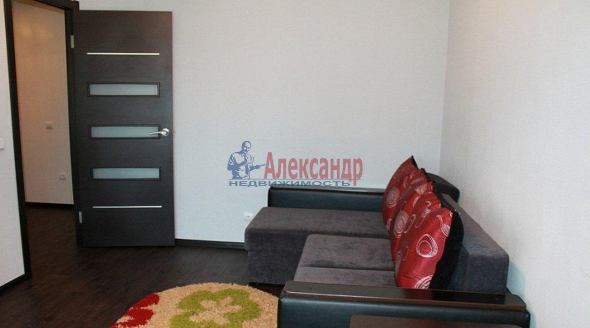 1-комнатная квартира (35м2) в аренду по адресу Дунайский пр., 14— фото 2 из 4