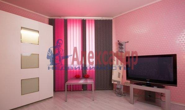 2-комнатная квартира (59м2) в аренду по адресу Просвещения пр., 34— фото 1 из 7