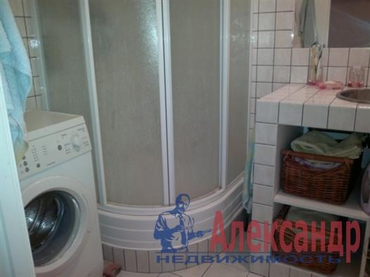 1-комнатная квартира (40м2) в аренду по адресу Автовская ул., 15— фото 4 из 4
