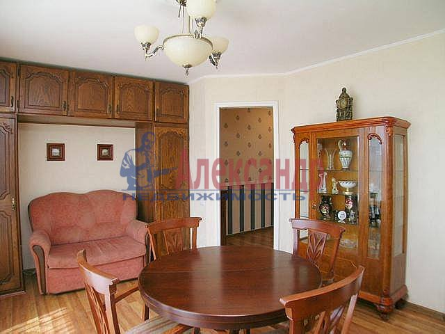 2-комнатная квартира (67м2) в аренду по адресу Ленина ул., 26— фото 11 из 12