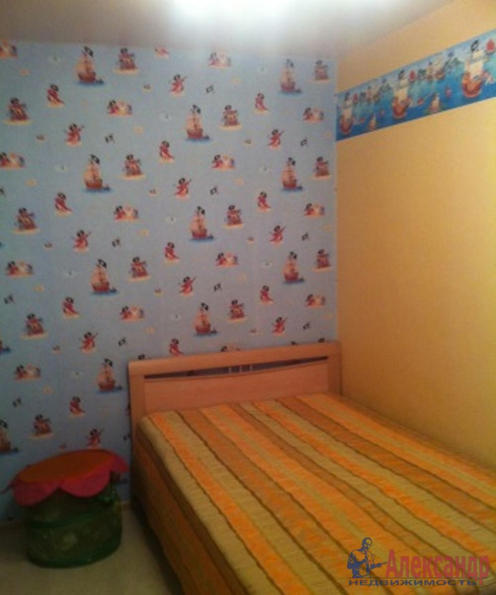 3-комнатная квартира (60м2) в аренду по адресу Социалистическая ул., 24— фото 2 из 3