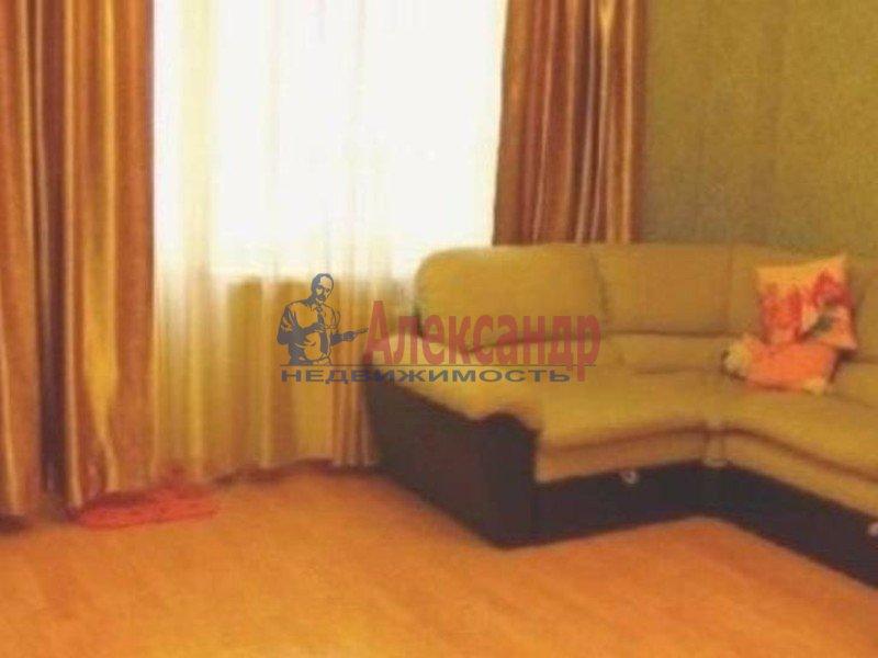 1-комнатная квартира (36м2) в аренду по адресу Большеохтинский пр., 11— фото 1 из 3
