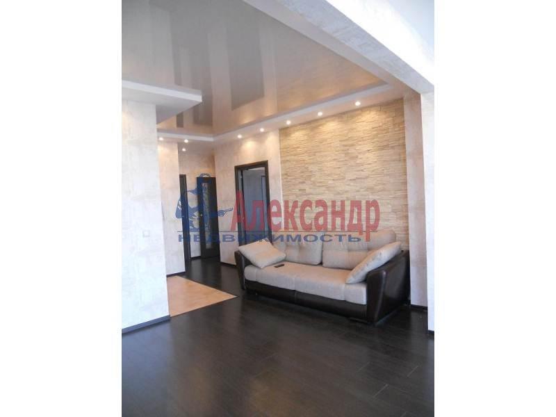 3-комнатная квартира (97м2) в аренду по адресу Коломяжский пр., 15— фото 1 из 6