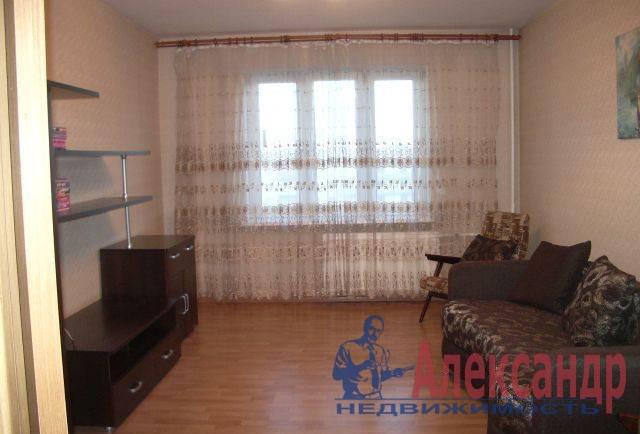 1-комнатная квартира (41м2) в аренду по адресу Бухарестская ул., 146— фото 1 из 5