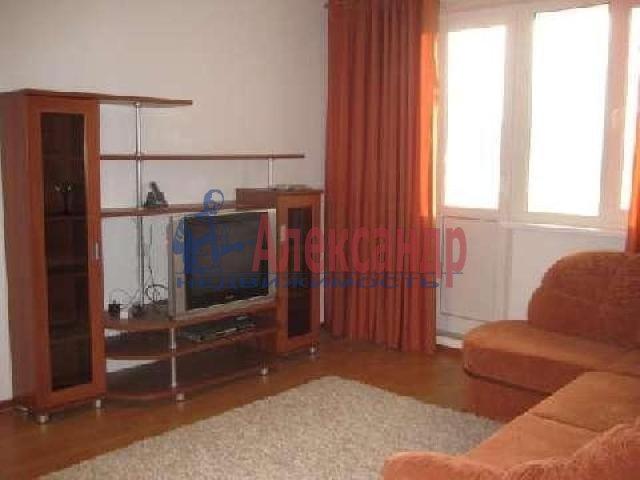 1-комнатная квартира (44м2) в аренду по адресу Малая Бухарестская ул., 5— фото 2 из 3