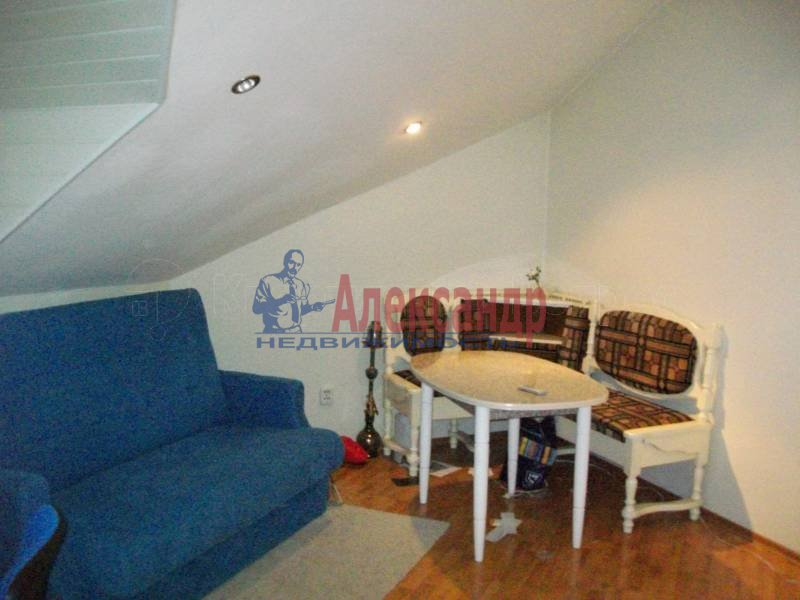 1-комнатная квартира (50м2) в аренду по адресу Морская наб., 31— фото 2 из 3