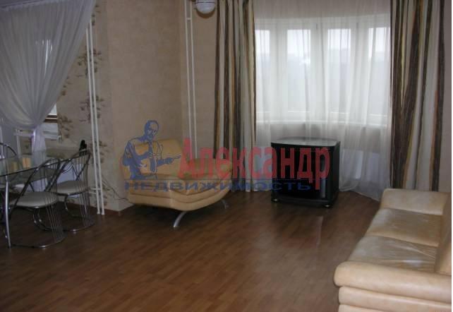1-комнатная квартира (45м2) в аренду по адресу Марата ул.— фото 3 из 4