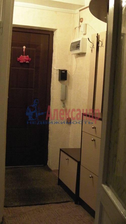2-комнатная квартира (56м2) в аренду по адресу Гжатская ул., 5— фото 2 из 5