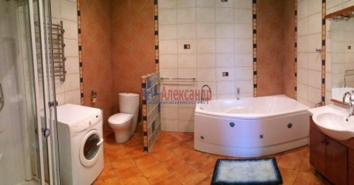 2-комнатная квартира (65м2) в аренду по адресу Московский пр., 153— фото 3 из 7