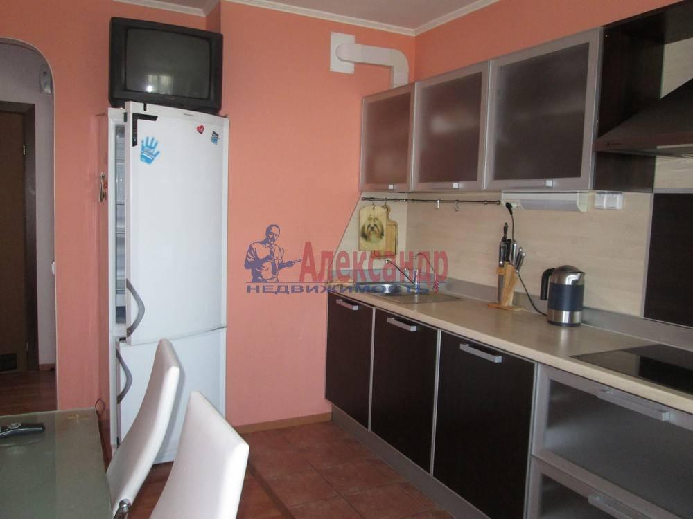 3-комнатная квартира (80м2) в аренду по адресу Непокоренных пр., 10— фото 4 из 7