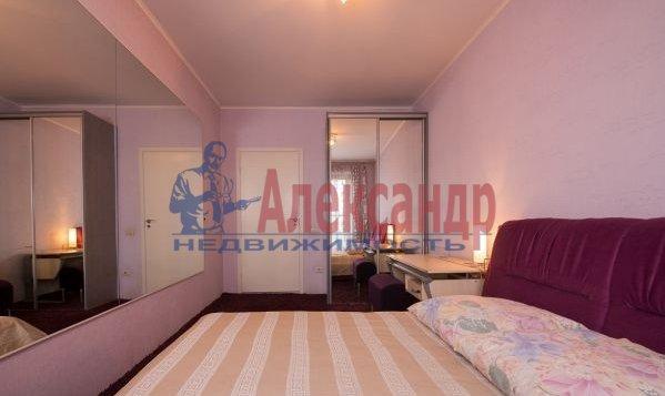 2-комнатная квартира (59м2) в аренду по адресу Просвещения пр., 34— фото 4 из 7
