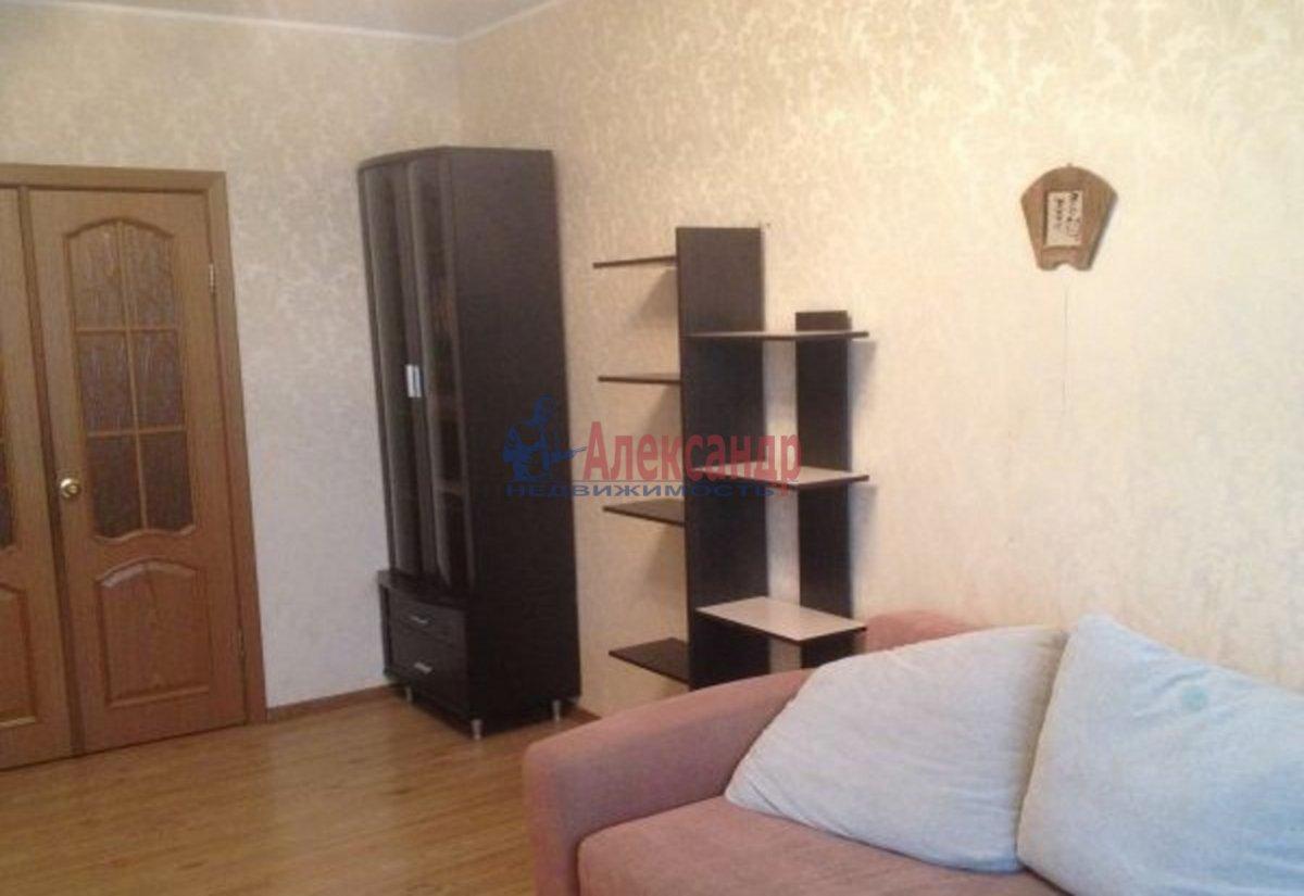 2-комнатная квартира (53м2) в аренду по адресу Тореза пр., 38— фото 1 из 2