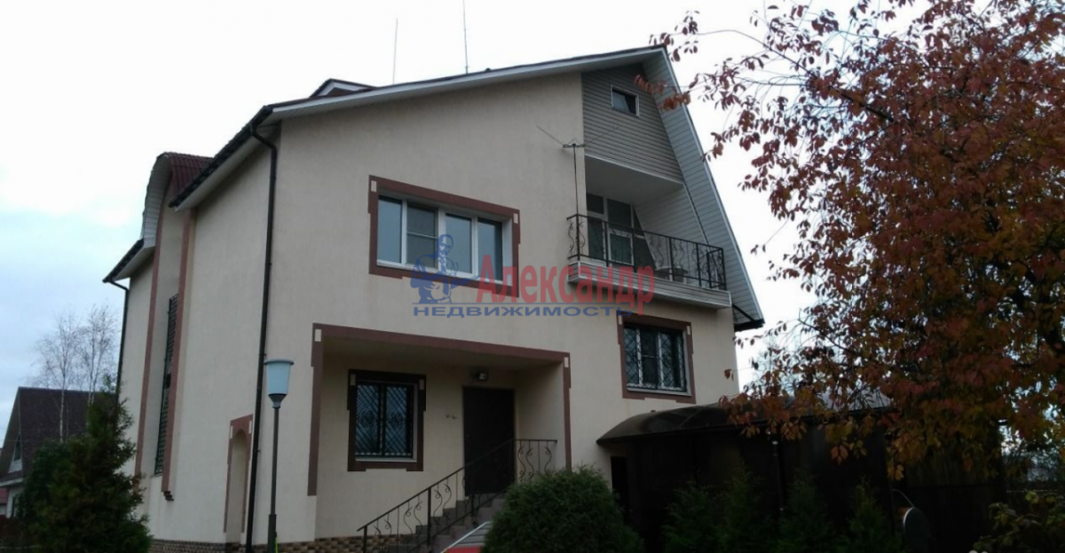 Дом (300м2) в аренду — фото 1 из 13