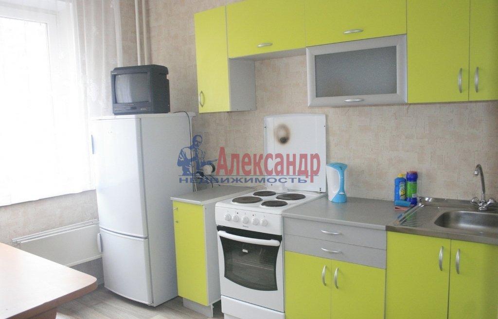 2-комнатная квартира (65м2) в аренду по адресу Героев пр., 26— фото 3 из 3