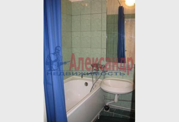 2-комнатная квартира (70м2) в аренду по адресу Марата ул., 4— фото 9 из 9