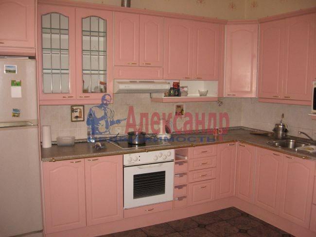 2-комнатная квартира (64м2) в аренду по адресу Кузнецова пр., 14— фото 1 из 5
