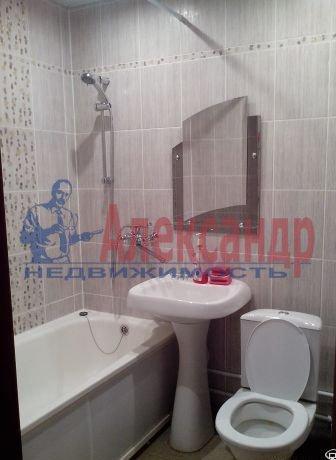 1-комнатная квартира (40м2) в аренду по адресу Комендантский пр., 23— фото 3 из 4