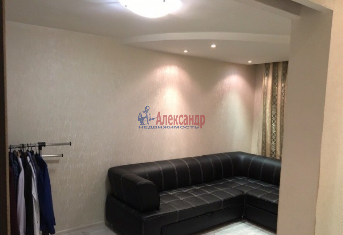 1-комнатная квартира (32м2) в аренду по адресу Беринга ул.— фото 3 из 5