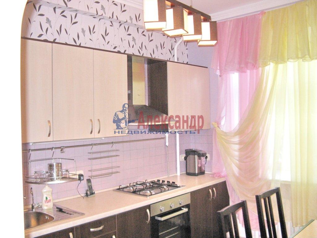 3-комнатная квартира (92м2) в аренду по адресу Октябрьская наб., 98— фото 5 из 6
