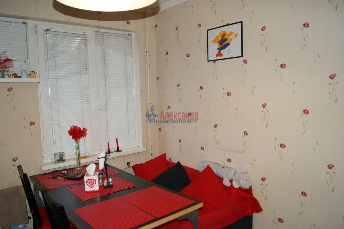 1-комнатная квартира (33м2) в аренду по адресу Запорожская ул., 23— фото 8 из 15