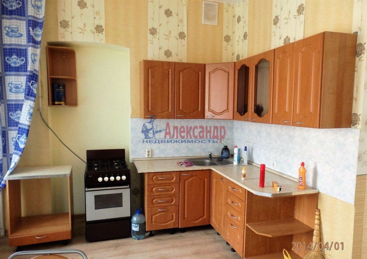 1-комнатная квартира (44м2) в аренду по адресу Ярослава Гашека ул., 4— фото 1 из 3