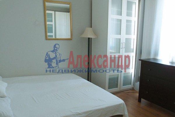 3-комнатная квартира (89м2) в аренду по адресу Ушинского ул., 2— фото 1 из 4
