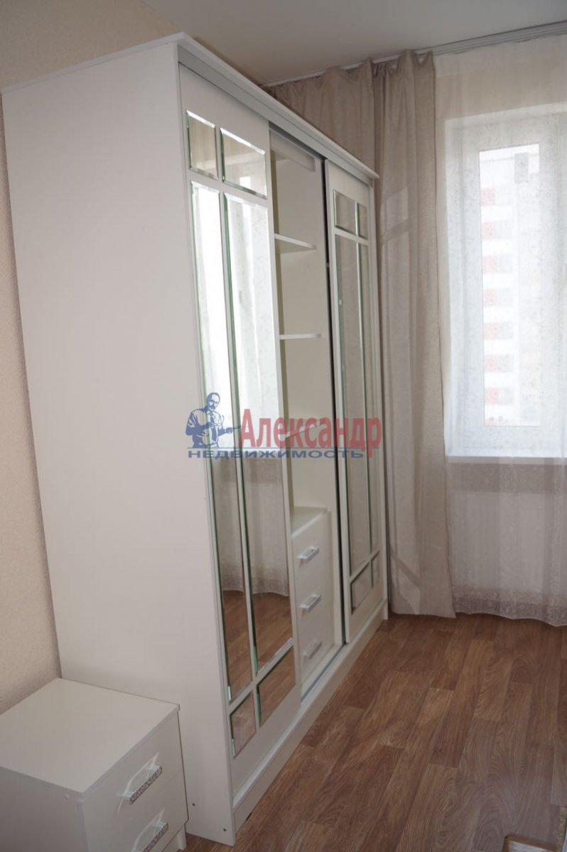 1-комнатная квартира (35м2) в аренду по адресу Ириновский пр., 34— фото 10 из 11
