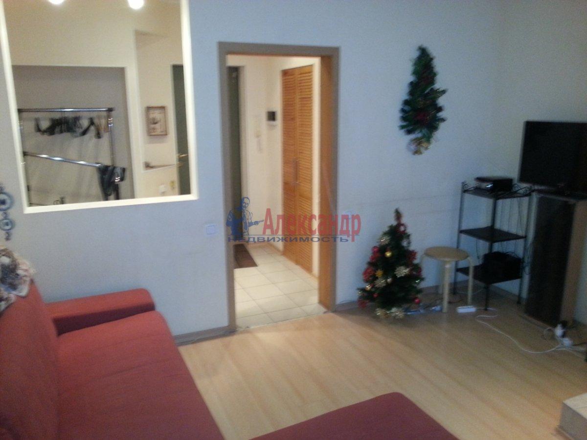 2-комнатная квартира (70м2) в аренду по адресу Бассейная ул., 89— фото 4 из 10