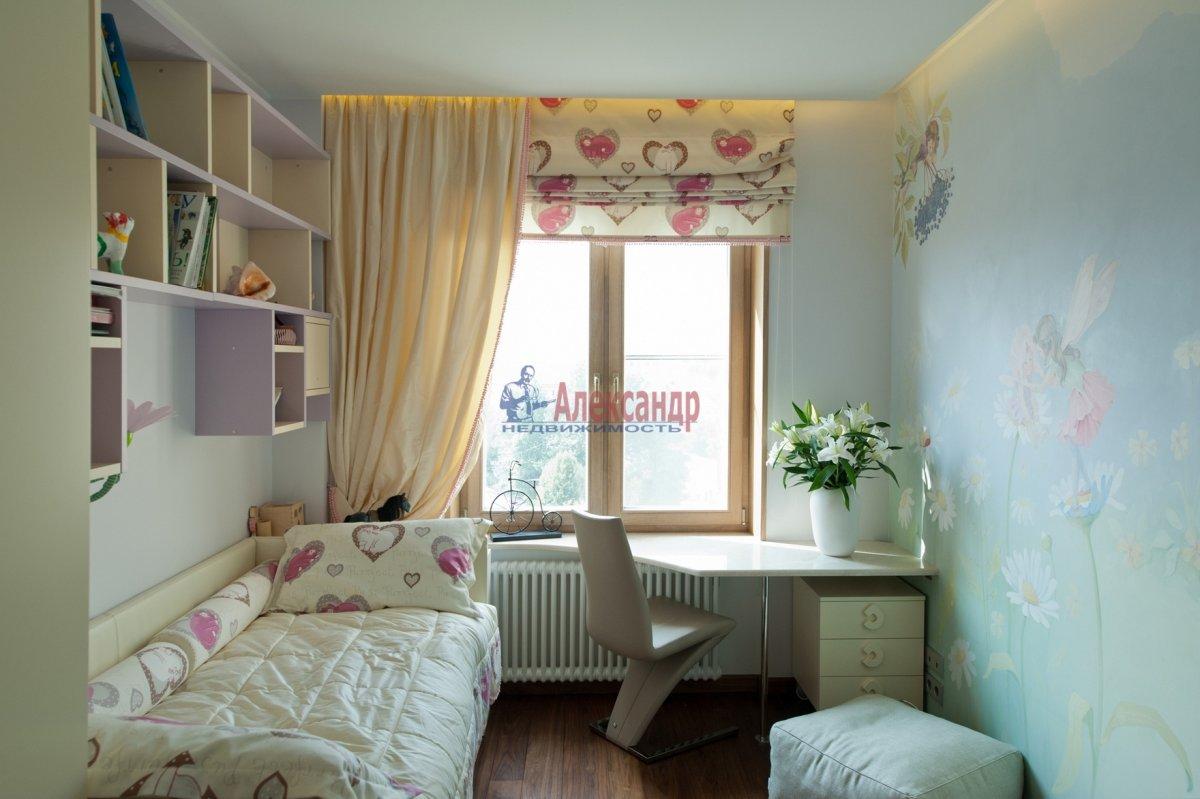 3-комнатная квартира (96м2) в аренду по адресу Реки Мойки наб., 62— фото 4 из 6