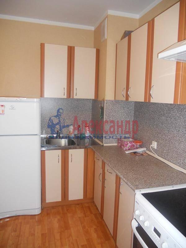 1-комнатная квартира (50м2) в аренду по адресу Невский пр., 77— фото 1 из 3
