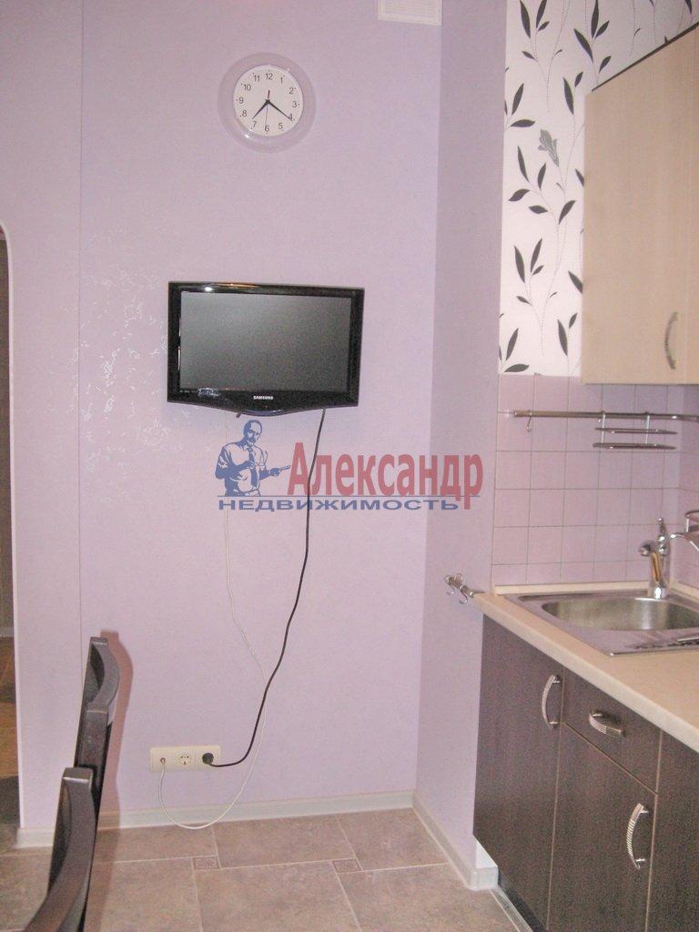 3-комнатная квартира (92м2) в аренду по адресу Октябрьская наб., 98— фото 6 из 6