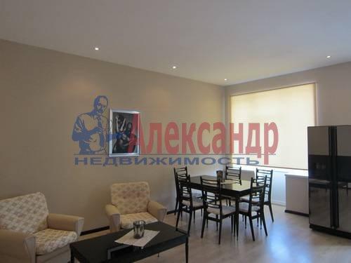2-комнатная квартира (67м2) в аренду по адресу Маршала Жукова пр., 28— фото 3 из 6