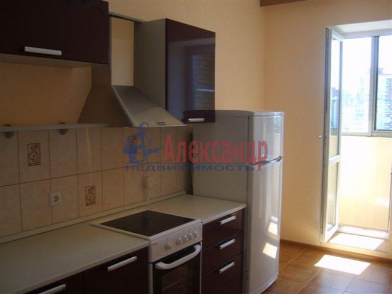 1-комнатная квартира (35м2) в аренду по адресу Бассейная ул., 10— фото 2 из 6