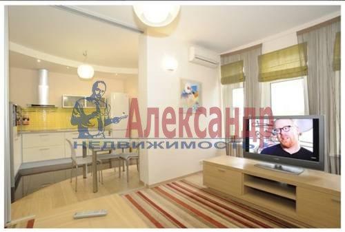2-комнатная квартира (75м2) в аренду по адресу Савушкина ул., 125— фото 3 из 7
