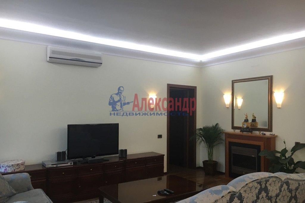2-комнатная квартира (66м2) в аренду по адресу Большая Морская ул., 51— фото 1 из 4