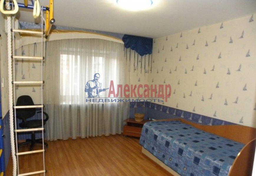 4-комнатная квартира (130м2) в аренду по адресу Невский пр., 19— фото 3 из 9