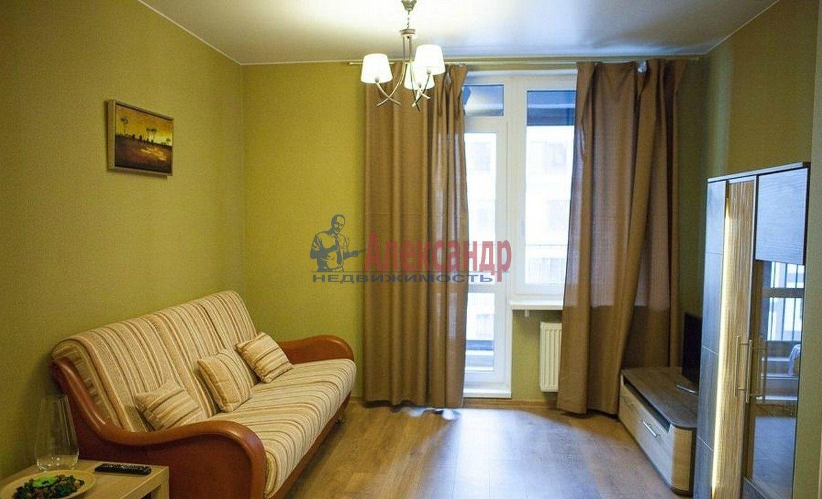 1-комнатная квартира (42м2) в аренду по адресу Кременчугская ул., 9— фото 1 из 7