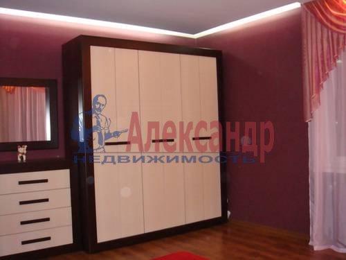 3-комнатная квартира (100м2) в аренду по адресу Сизова пр., 25— фото 4 из 8