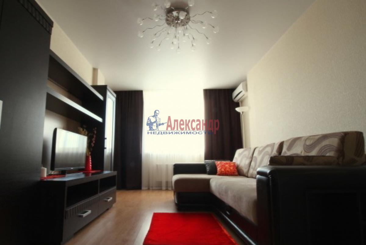 1-комнатная квартира (36м2) в аренду по адресу Пулковское шос., 14г— фото 1 из 5