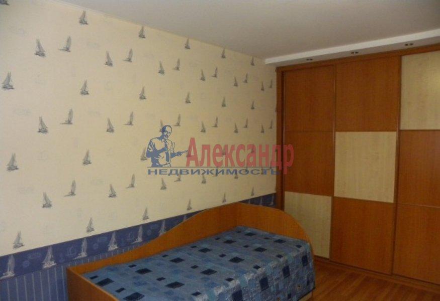 4-комнатная квартира (130м2) в аренду по адресу Невский пр., 19— фото 4 из 9