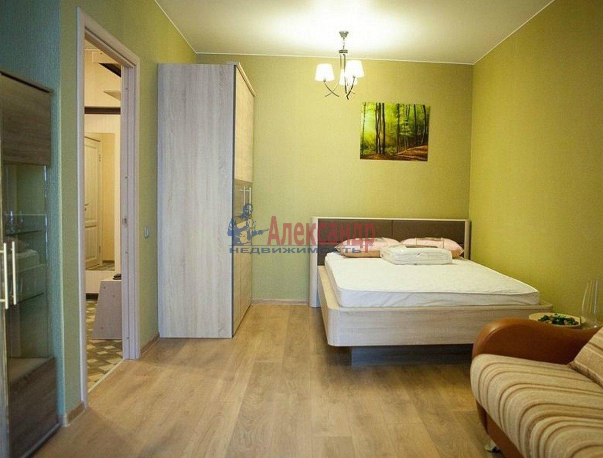 1-комнатная квартира (42м2) в аренду по адресу Кременчугская ул., 9— фото 2 из 7