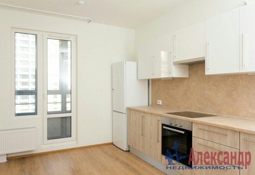 1-комнатная квартира (45м2) в аренду по адресу Марата ул., 19— фото 1 из 4
