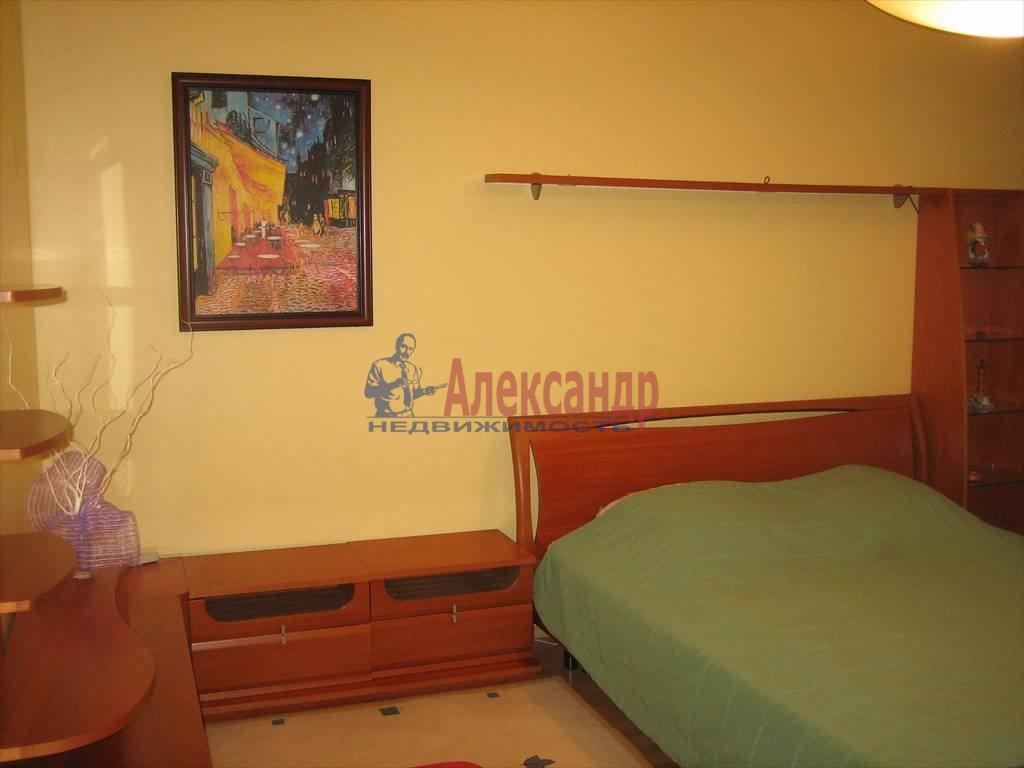 3-комнатная квартира (72м2) в аренду по адресу 7 Советская ул.— фото 3 из 6
