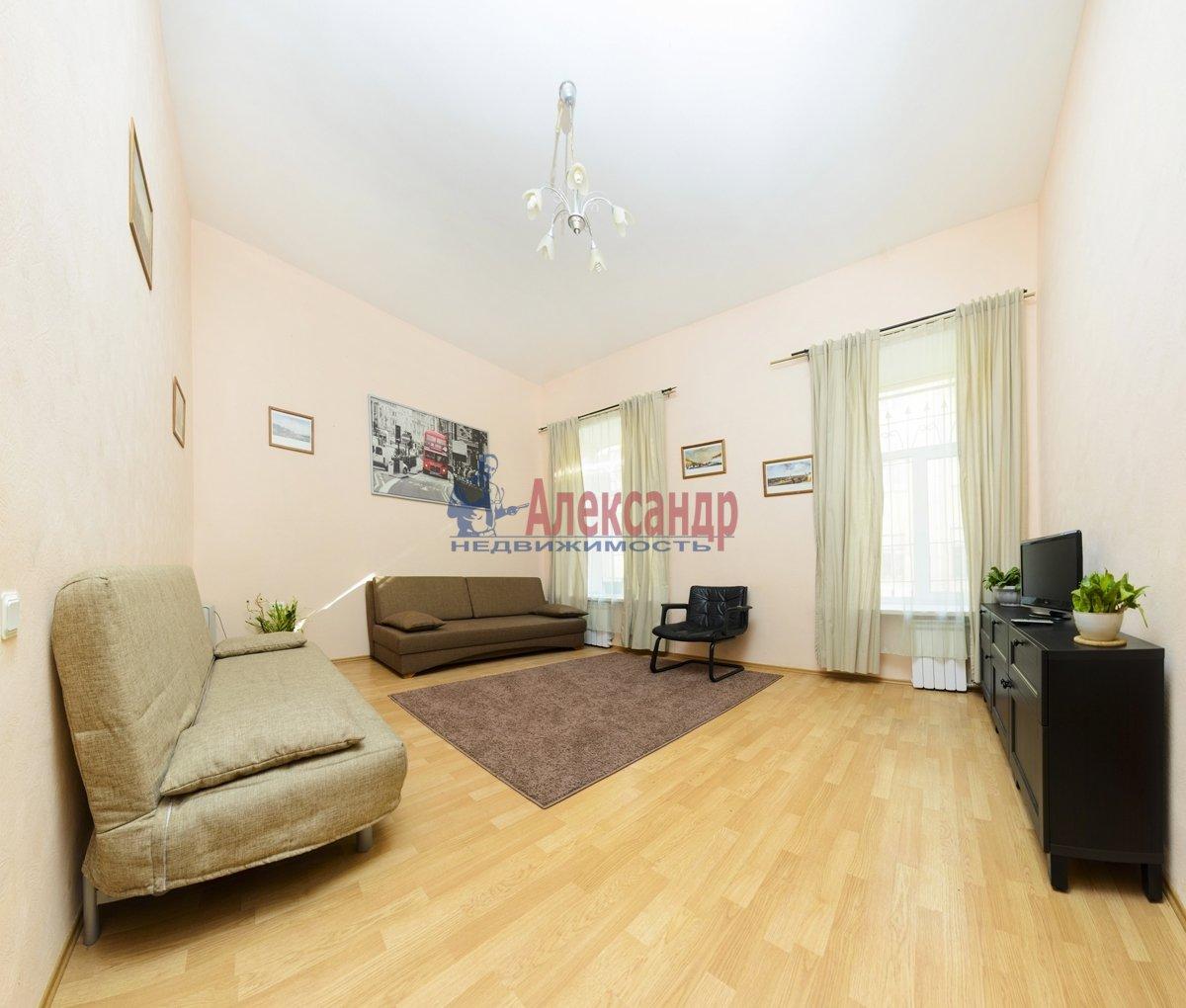 3-комнатная квартира (100м2) в аренду по адресу Малая Конюшенная ул., 10— фото 1 из 10