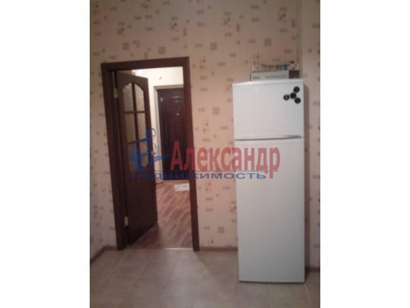 1-комнатная квартира (39м2) в аренду по адресу Коломяжский пр., 28— фото 1 из 6