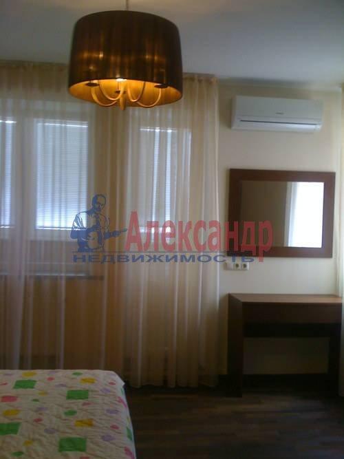 2-комнатная квартира (64м2) в аренду по адресу Серпуховская ул., 5— фото 2 из 5