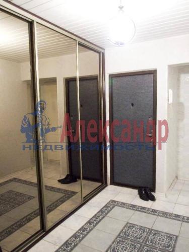2-комнатная квартира (61м2) в аренду по адресу Кустодиева ул., 19— фото 2 из 6