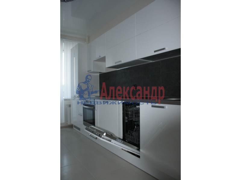 1-комнатная квартира (42м2) в аренду по адресу Учительская ул., 18— фото 5 из 6