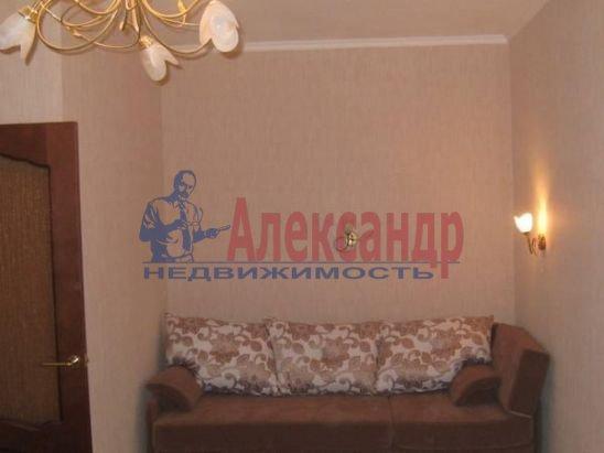 1-комнатная квартира (30м2) в аренду по адресу Чайковского ул., 54— фото 1 из 9