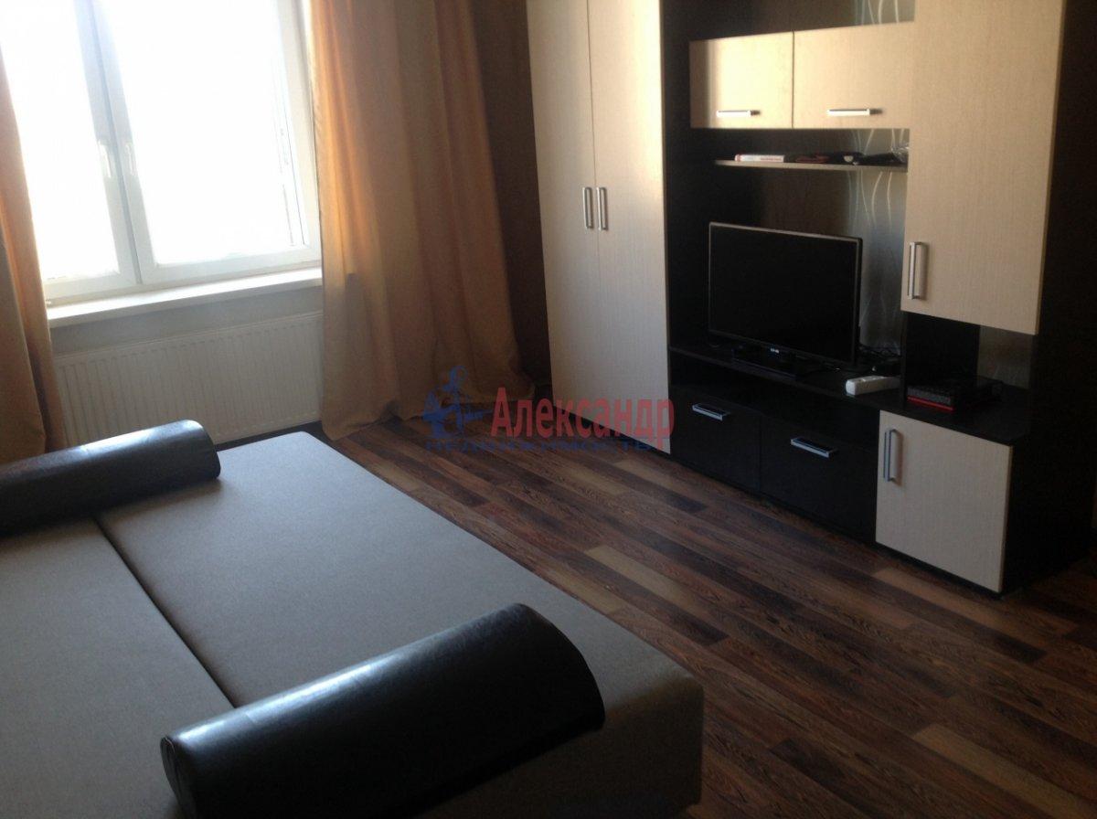 1-комнатная квартира (36м2) в аренду по адресу Просвещения просп., 99— фото 1 из 5